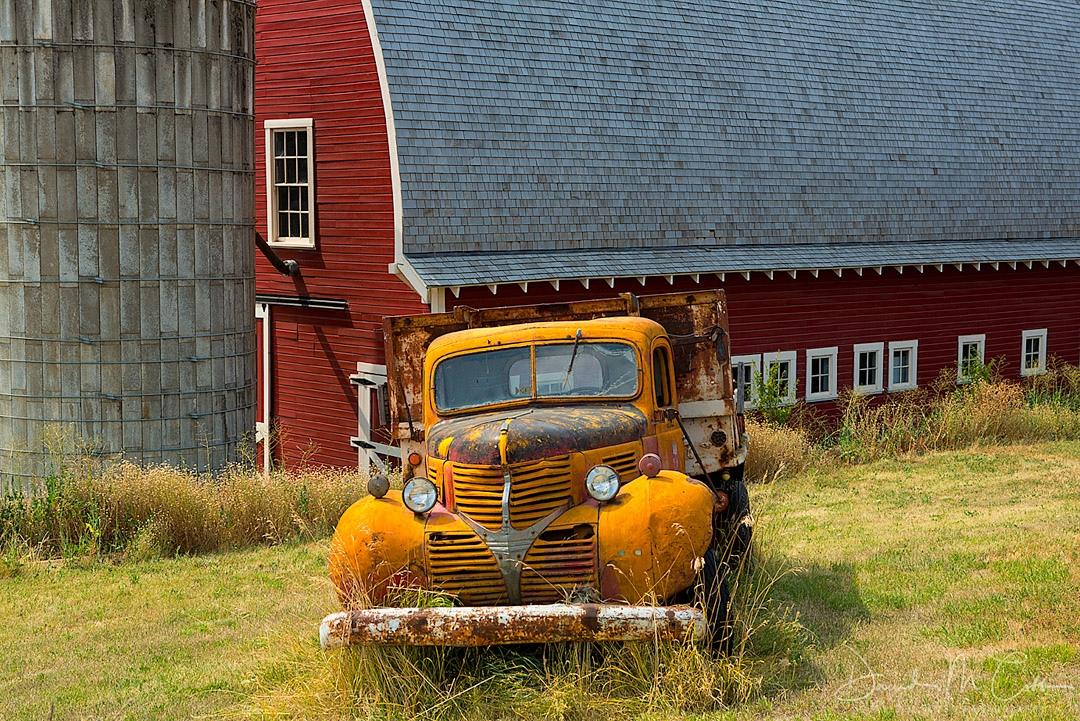 Truck & Barn